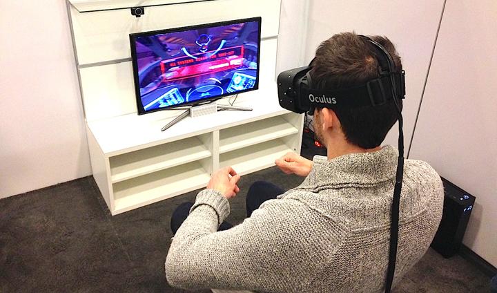 chico jugando con oculus